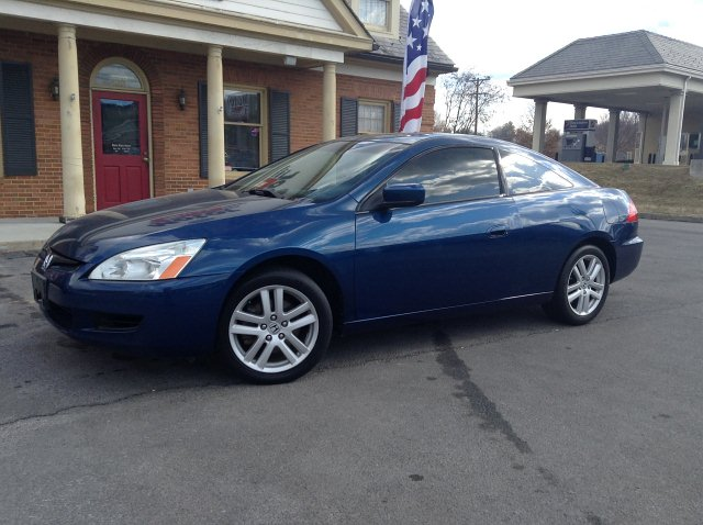 Attractive Mr Anderson167 2004 Honda Accord