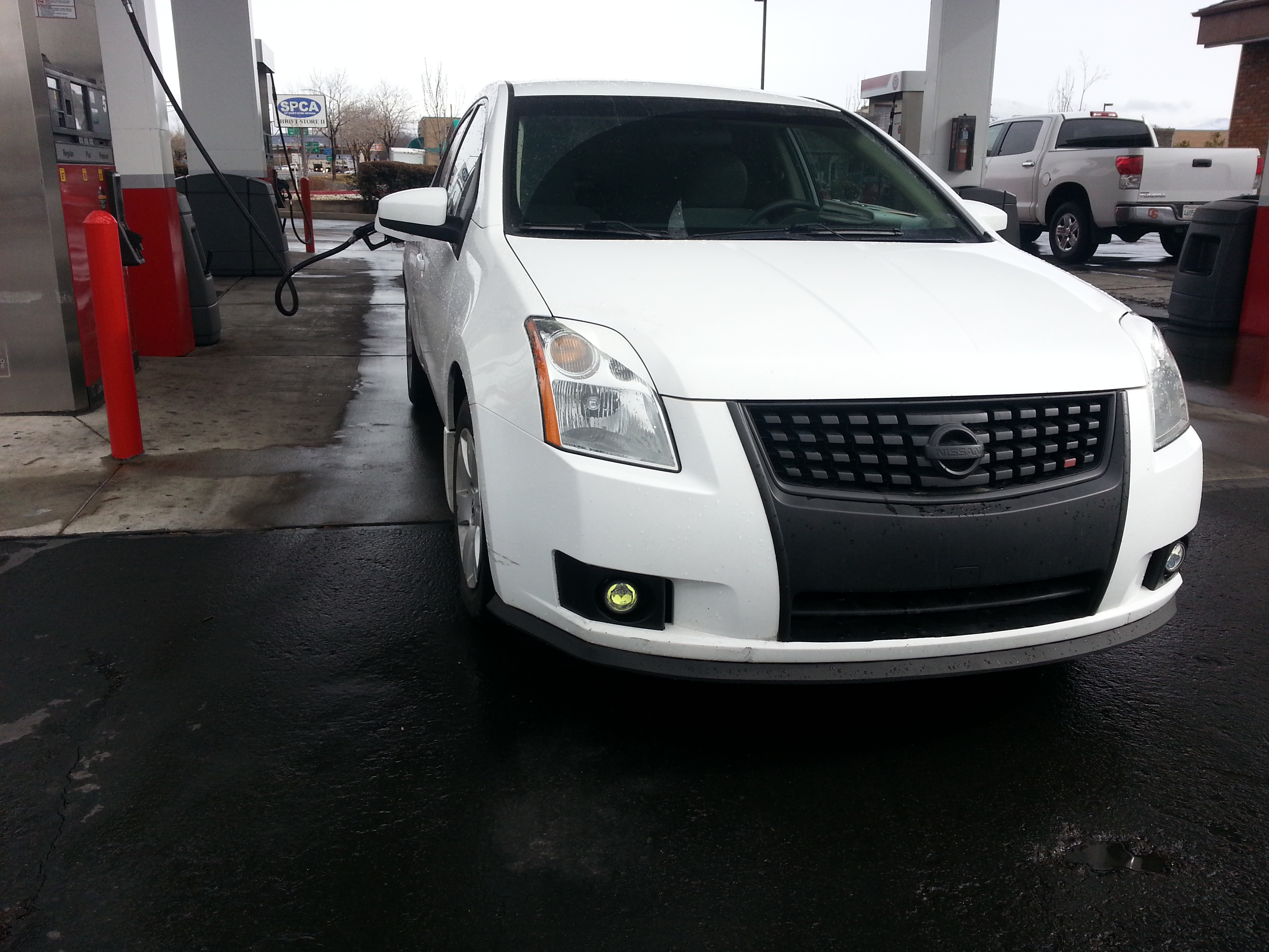 The White Shadow 2009 Nissan Sentra