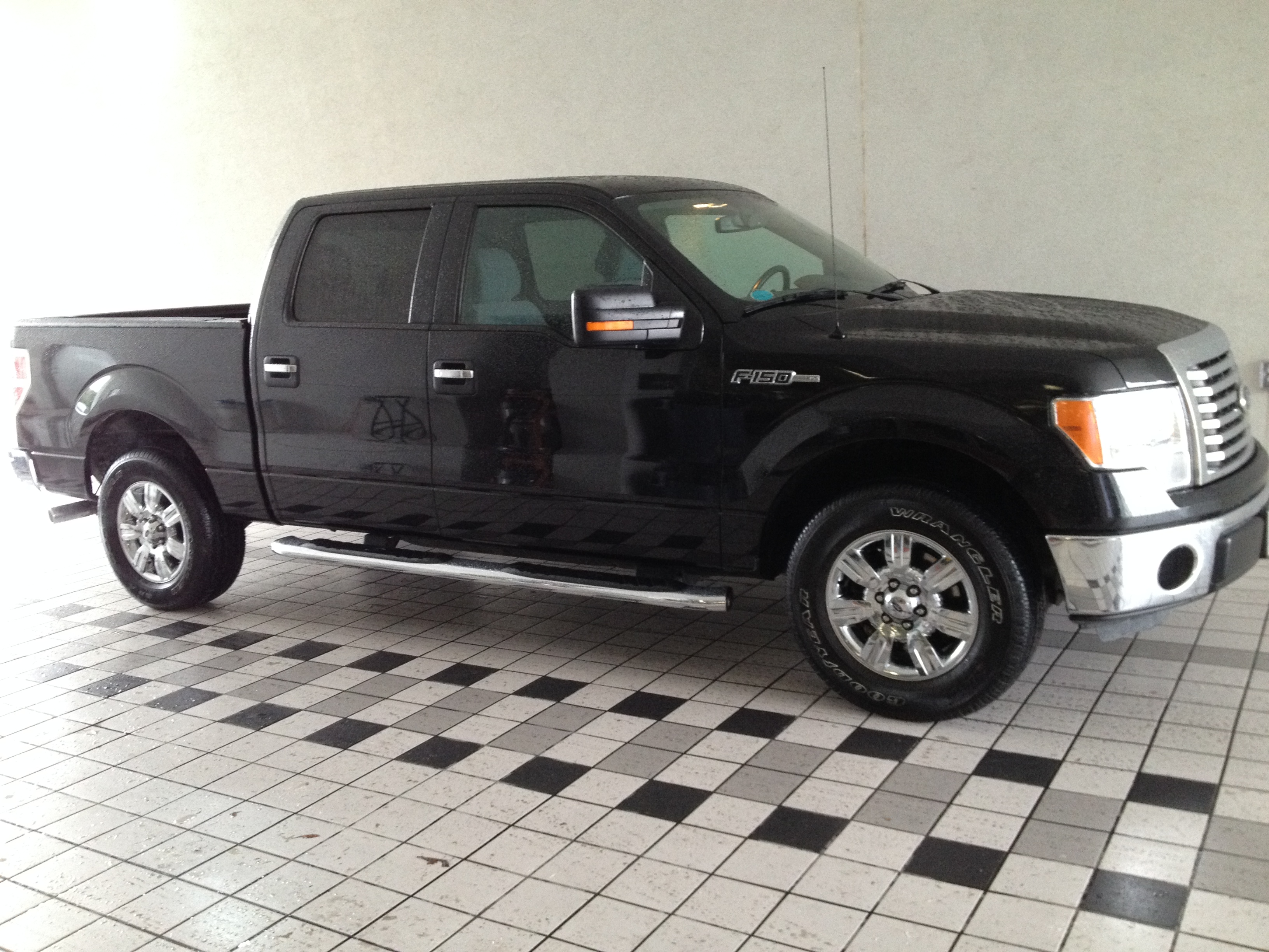 2012 Ford F150-SuperCrew-Cab