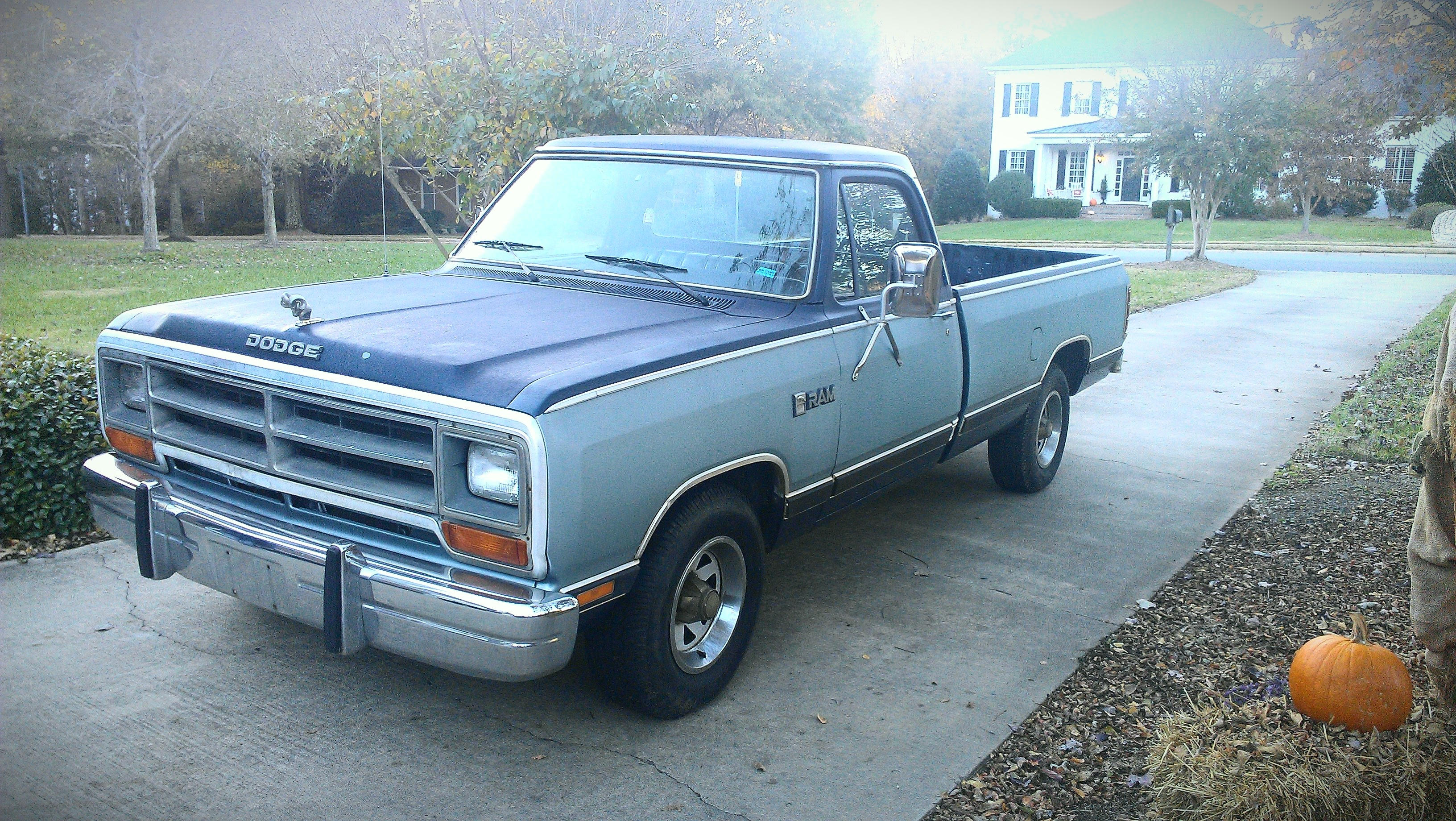 1986 Dodge D150 Club Cab